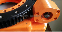 Slewing drive for machine parts and replacement