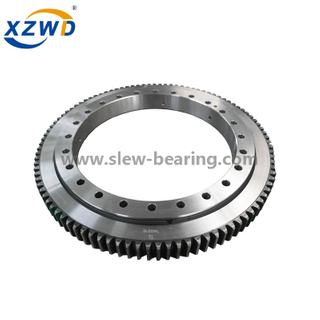 Single Row Cross Roller Slewing Bearings with External Gear for crane (11)